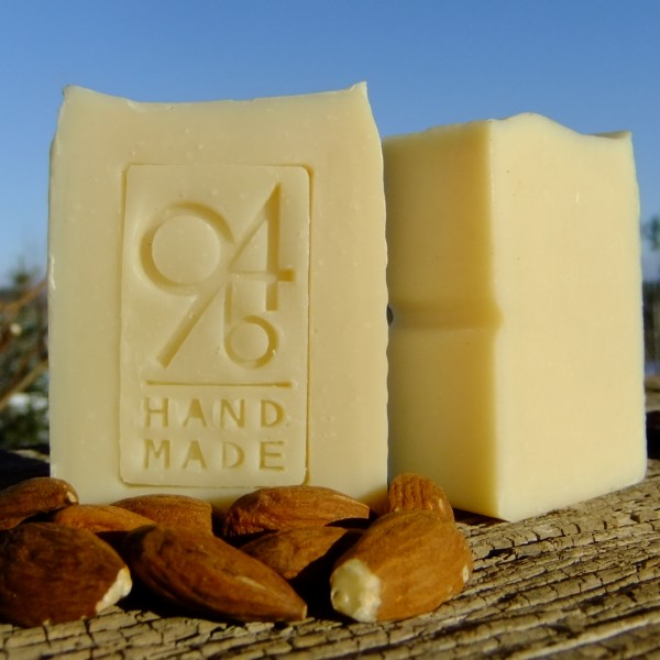 Almond (face soap)